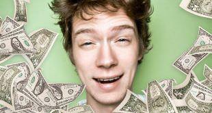 подросток с деньгами